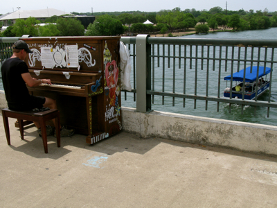 street piano Drake Bridge